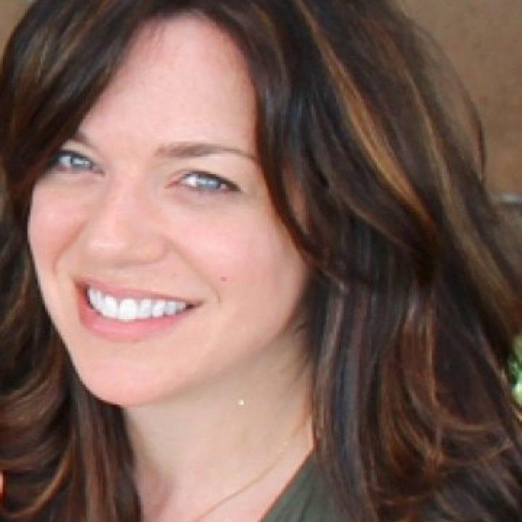 Lisa's Singing Vocal Coach-Alexys Paris' Studios-SingLikeTheStarz.com!